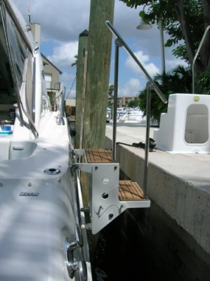 newwave-2-step-side-mounted